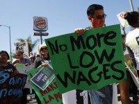 Minimum Wage War Reaches Tipping Point