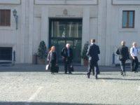 Un Socialista in Vaticano: Come è Andata la Visita a Roma di Bernie Sanders