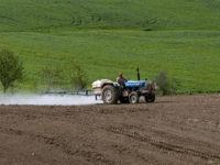 Amid Trump's Deregulatory Bonanza, UN Report Details 'Catastrophic' Impact of Pesticides